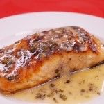 Ready in minutes! Easy Pan Seared Salmon Recipe with Lemon Butter Sauce! Easy fish recipes, that come together fast are perfect for dinner, especially on a weeknight.This simple fish recipe has fe…