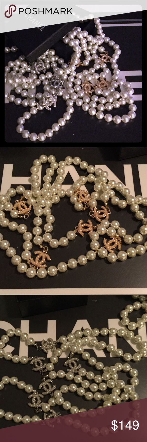 """Silver or Gold CC Pearl Necklace Measures about 31"""" inches. Gorgeous necklace, only a few available. Priced accordingly. Thanks, and PRICE FIRM. Comes with box. CHANEL Makeup Brushes & Tools"""