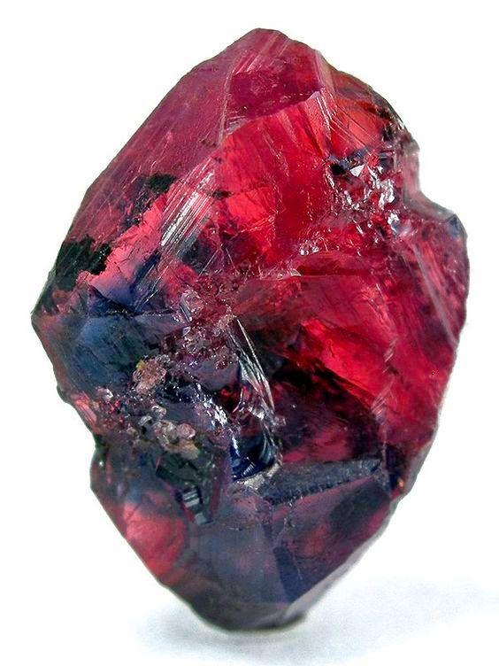 Raw Ruby From Tanzania Rocks Minerals Crystals And Gem