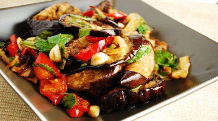 Итальянский салат из баклажанов
