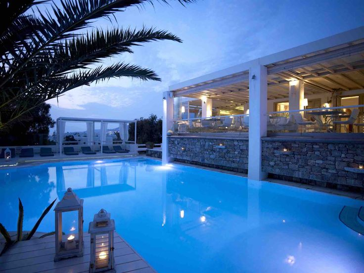 Dusk descends and the true Mykonos magic is only just beginning… #Semeli #SemeliHotel #Mykonos #pool