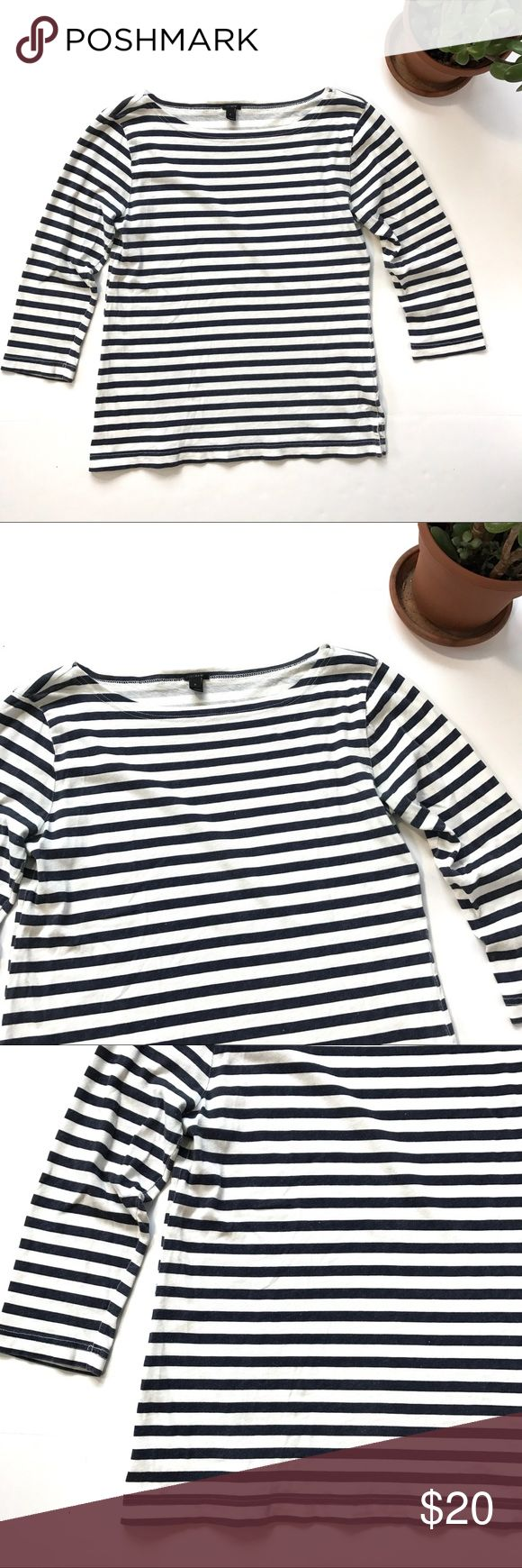 J.Crew Bateau T-Shirt white navy blue stripe small This is a J.Crew Bateau T-Shirt in stripe - a classic nautical striped knit top with a timeless boatneck neckline. It is women's size small.  This shirt is in pre-owned condition with light wear, no holes, and no stains. Please take a look through the photos to see if this item is right for you! J. Crew Tops Tees - Long Sleeve