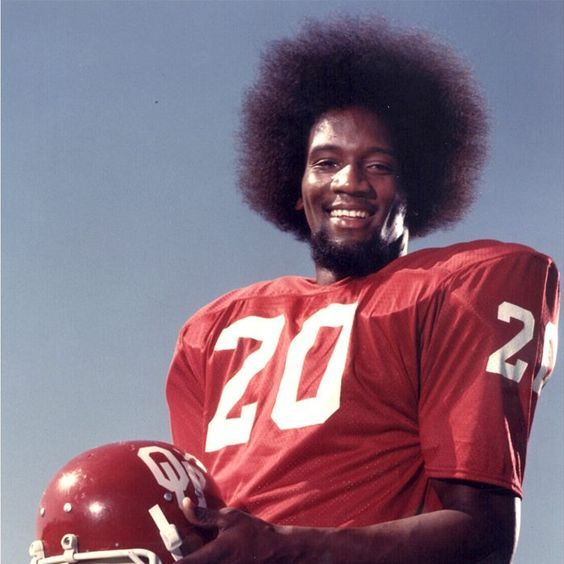 Billy sims lions lick