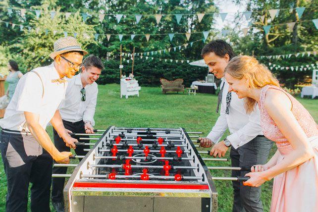 Фуршетная свадьба, настольный футбол