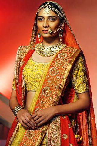 My review of Vidhi Singhania at Rajasthan Heritage Week www.explosivefashion.in/runway-report/vidhi-singhania-rajasthan-heritage-week.html