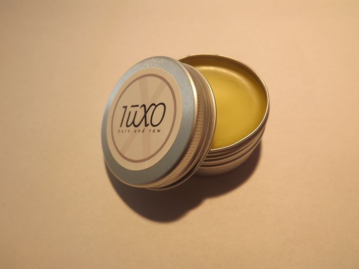 Our relaxing Balm, made with lavender, chamomile and frankincense essential oils.
