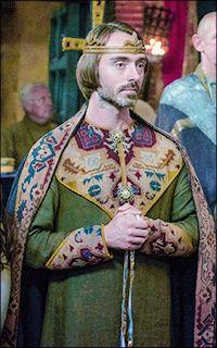 David Dawson in The Last Kingdom (s2) as King Alfred[x]