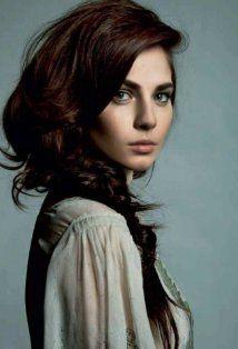 Yuliya Snigir as Anastasia Knight.