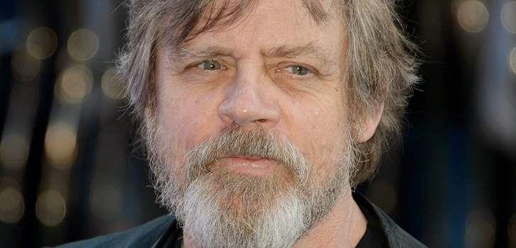 Já passou tempo o suficiente para todos terem assistido ao mais recente filme da franquia Star Wars, O Despertar da Força, não é? Então para todos aqueles que estavam ansiosos e curiosos para saber onde estava Luke Skywalker, o mistério foi revelado, e agora nós temos uma imagem tirada diretamente da filmagem da cena onde …