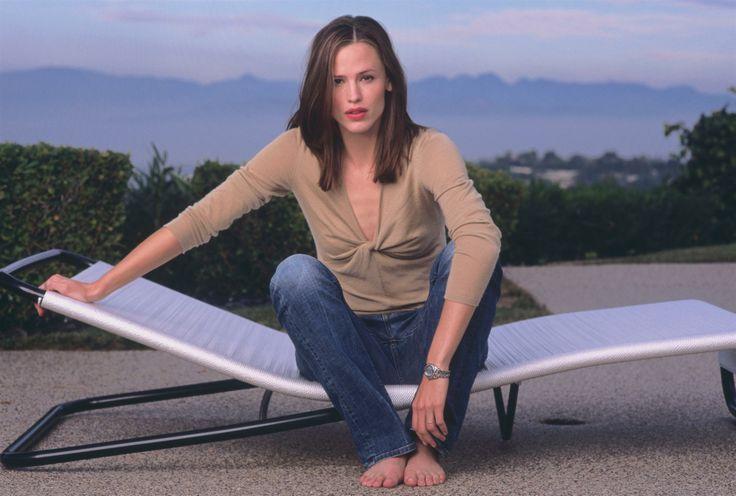 Jennifer Garner. Photograph by Neal Preston (2002)