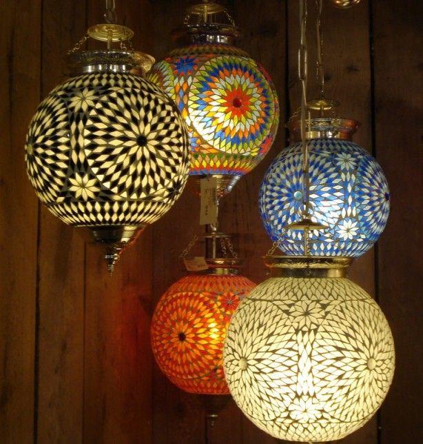 vrolijke oosterse lampen