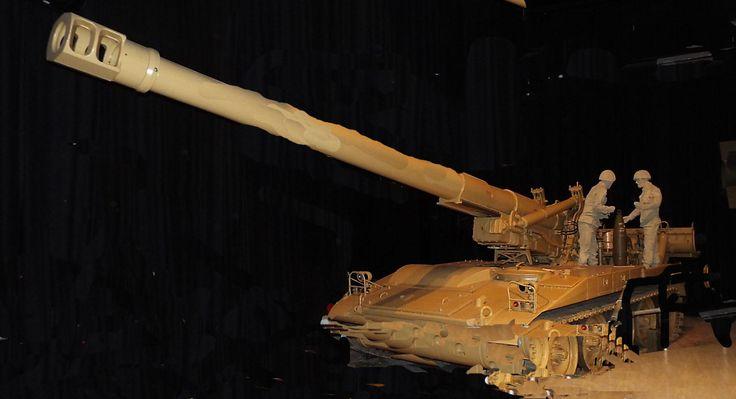 US M110A2 8 inch self propelled gun 1991 Firepower Museum