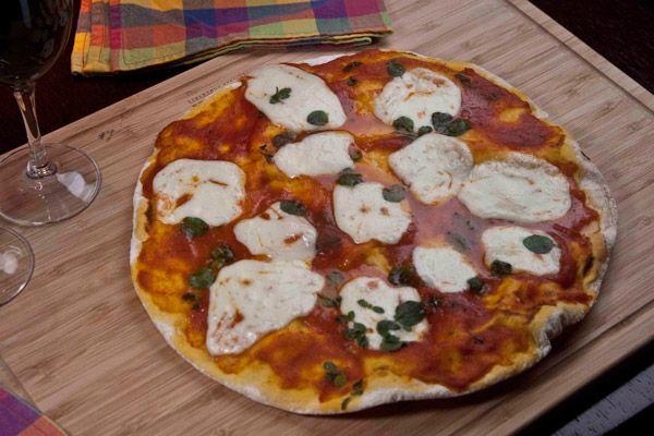 πιτσα μαργαριτα συνταγη με ιταλικη ζυμη