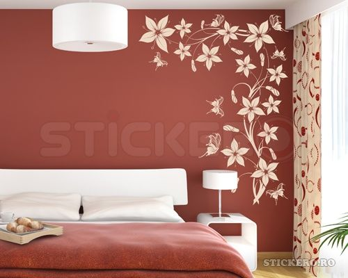 Decor floral cu fluturi - floare de colt