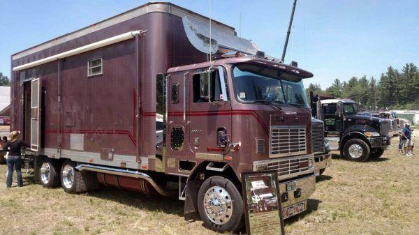 4b7cf589f7 1991  Big Rig  Diesel Motorhome Conversion!