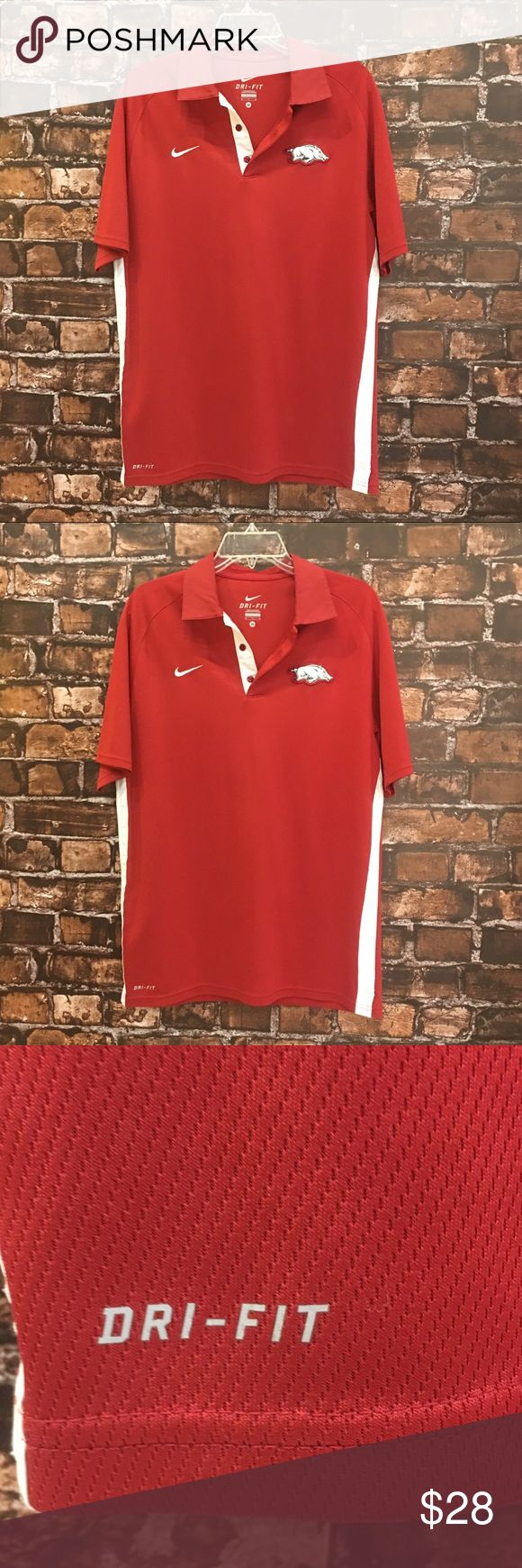 Men's M Razorback Red Nike Dri-Fit Polo 🐗 We live in Razorback Nation! Don't forget to support our piggies!! Very nice Razorback Red Polo. Short sleeve. Nike. Dri-Fit. 🐗 Nike Shirts Polos