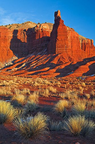 Chimney Rock - Capitol Reef National Park, Utah, USA.    Looks just like this