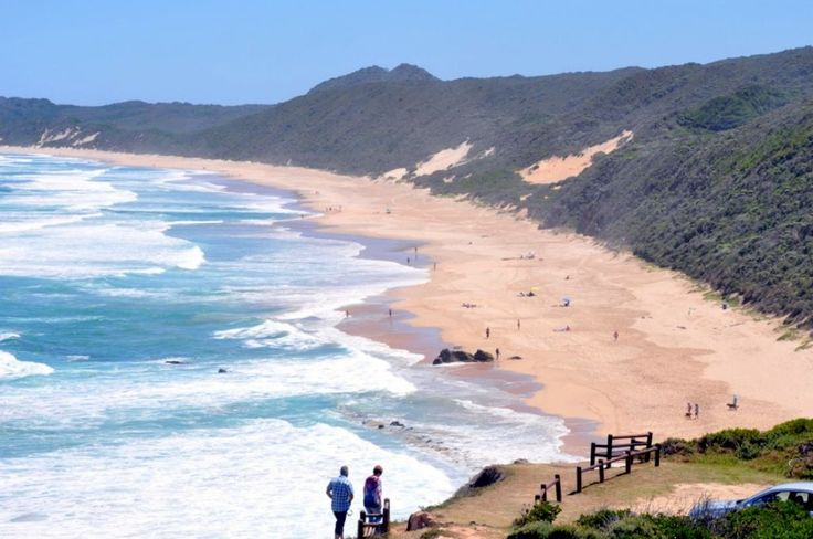 Brenton-on-Sea is great for walking and sunbathing and is popular with paragliders. A big rock formation, castle Rock, is a favourite fishing spot for locals. Swimming is dangerous because of rip currents. 18km West of Knysna