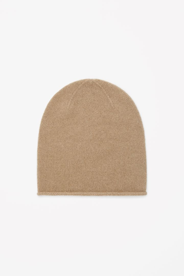 COS Cashmere Hat in Beige, £29. Also comes in other colours.