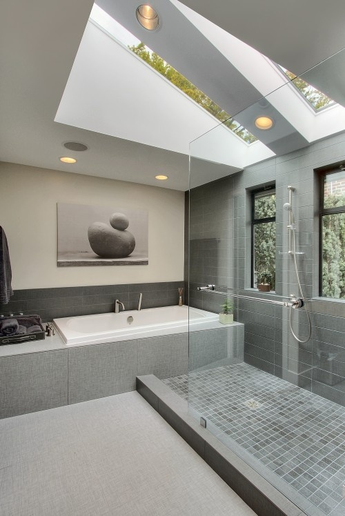 Contemporary bathroom designs integrate sharp, clean up lines as well as geometric forms, such as oblong shaped bath containers and kitchen sinks or rectangle-shaped bath tubs and sinks along with rounded edges. #Contemporary #bathroom