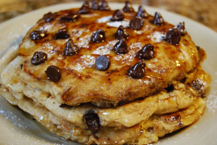 chocolate chip pancakes | Sofya's menu | Pinterest