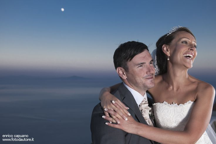 A nice a natural portrait with the beautiful sky and moon behind, in Villa Eva, Ravello. A small breack from the wedding party to enjoy few natural moments in love.  Enrico Capuano portrait wedding photography in Ravello - Amalfi Coast - Italy find out more photos on: http://www.fotodautore.it/