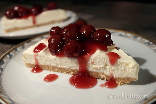 Cheesecake - Τσίζκεϊκ με βύσσινα ⋆ Cook Eat Up!