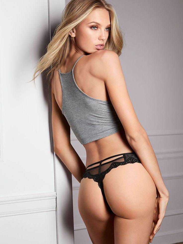 Sexy Body Paint Girls