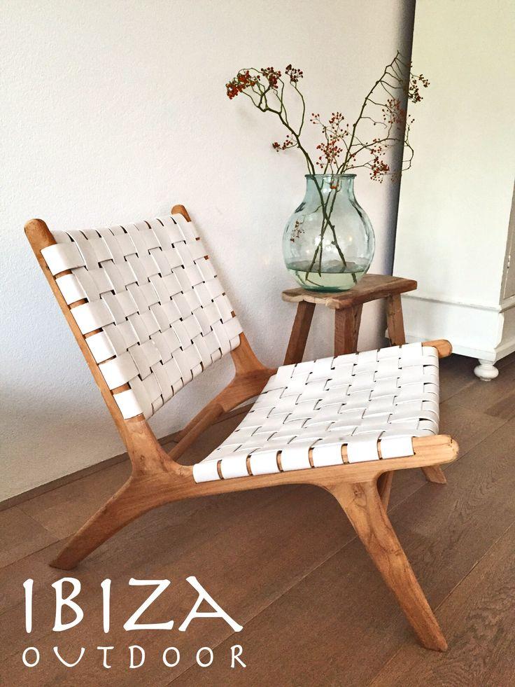Leuke foto ontvangen uit Valkenburg met in de woonkamer de ushuaia vintage lounge stoel en oud houten krukje, erg leuk komen te staan in deze woning! bij interesse graag even mailen naar ibizaoutdoor@gmail.com ook voor een afspraak in de loods. gr Mees