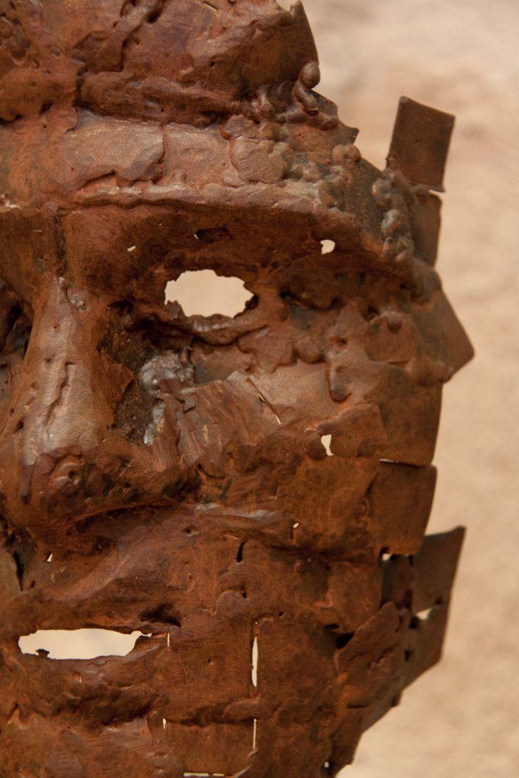 Bruto detalle, arte en forja, Juan Antonio Sánchez García-Page https://espadasdetoledo.com/es/blog-espadas-toledo-damasquinado/86-la-forja-y-el-arte-contemporaneo-se-abrazan-en-la-exposicion-del-puente-de-san-martin-en-toledo-2