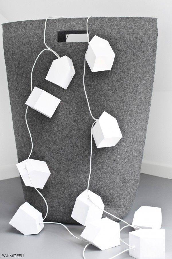 Häuser-Lichterkette für …1Häuservorlage ausdrucken, ausschneiden und ...2... zusammenkleben