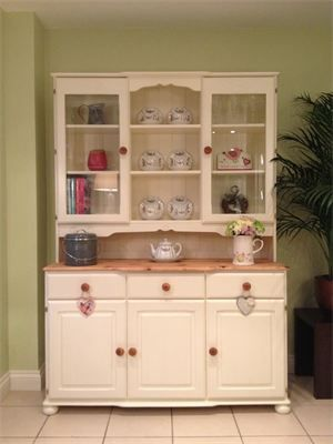 An imposing solid pine dresser. Hand painted with Farrow & Ball's New white.