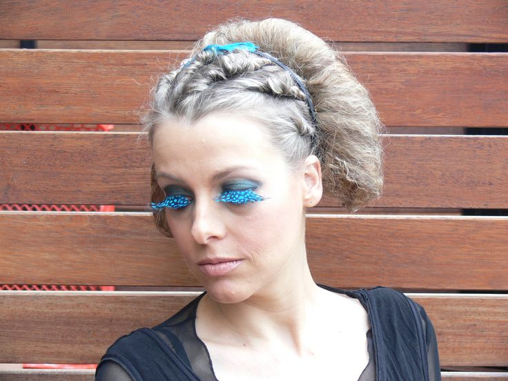 Costume makeup - blue lashes  Study hair and makeup - wwww.chisholm.edu.au