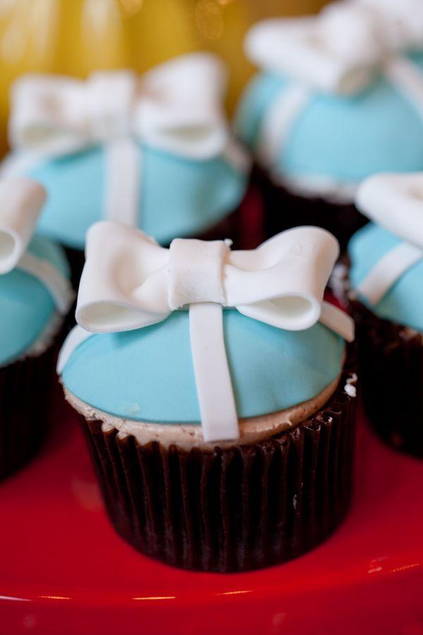 cupcake recipes for bridal shower%0A retro soda shoppethemed wedding cupcakes make you think of Tiffany  huh