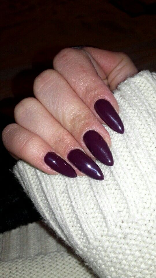 Burgundy long nails always fav Semilac 083 Burgundy Wine #nails #semilac #burgundynails