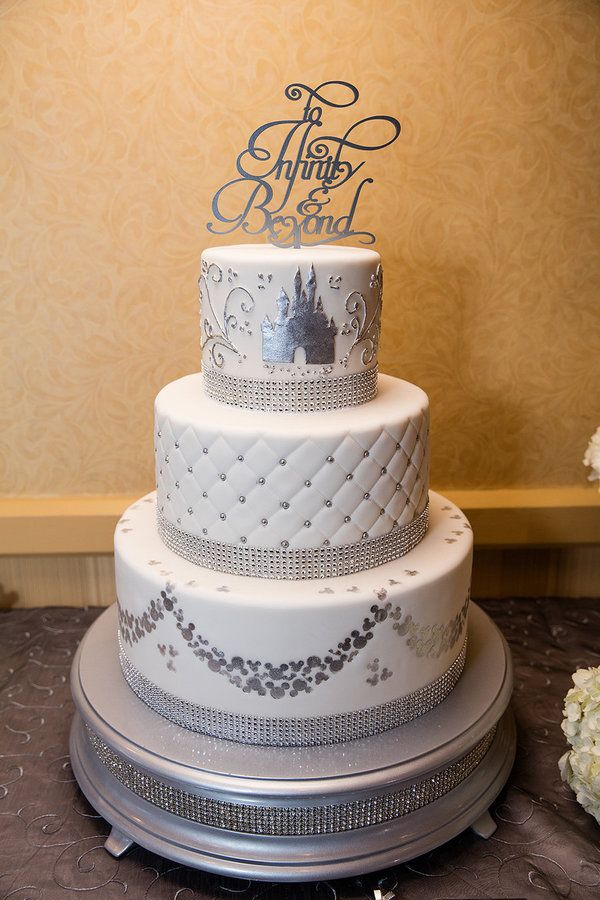 disney inspired wedding cakes 256 best images about disney wedding inspiration on 13554