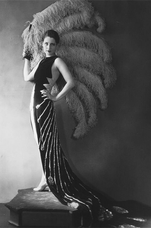 Norma Shearer - photographed for Upstage (1926)