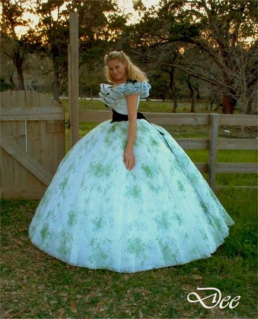 Amazing civil war dress | ... new version of the 12 oaks bbq gown / dress | Flickr - Photo Sharing