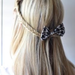 Picture tutorial to get this really cute half-up fishtail hairstyle in just 10 minutes!Easy Hairstyles, Hair Tutorials, Long Hairstyles, Hairstyles Tutorials, Bows, Fishtail Braids, Hair Style, Hair Sliding, Crafts