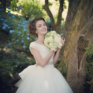 LOVE WEDDING by DRESS HOLIC @lovewedding_by_dressholic Instagram profile - Enjoygram
