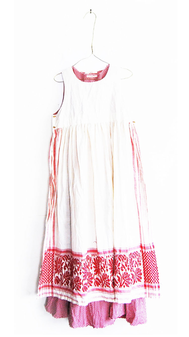 White apron portsmouth nh - Red White Embroidery Inset Ribbons And Gingham Lovely