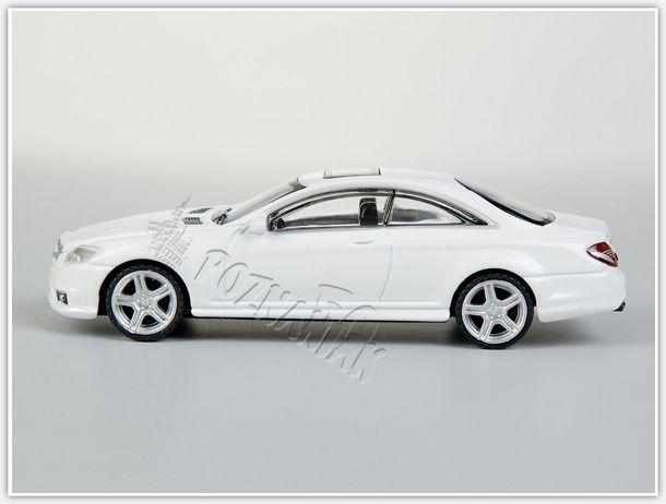 Mercedes biały