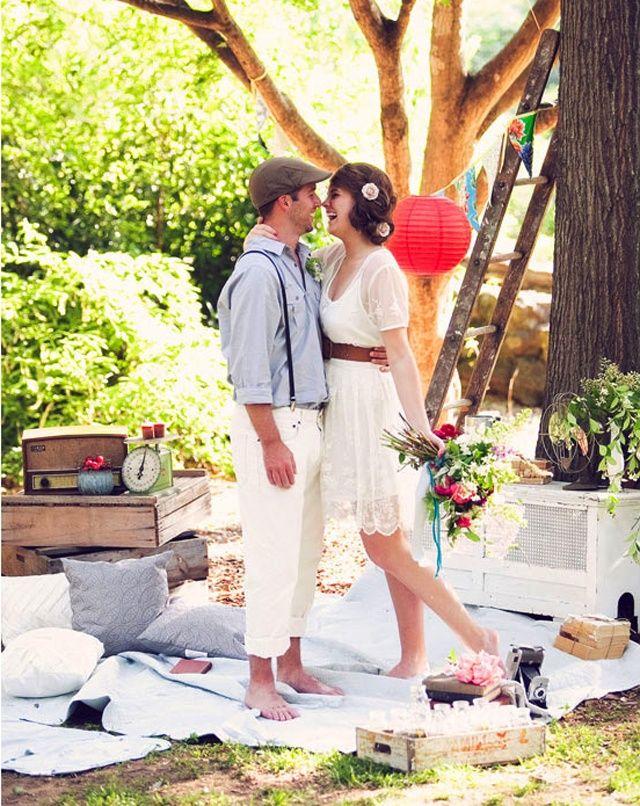 Una deliziosa radura in campagna, assolata ma dotata di punti più freschi dove organizzare un matrimonio pic nic