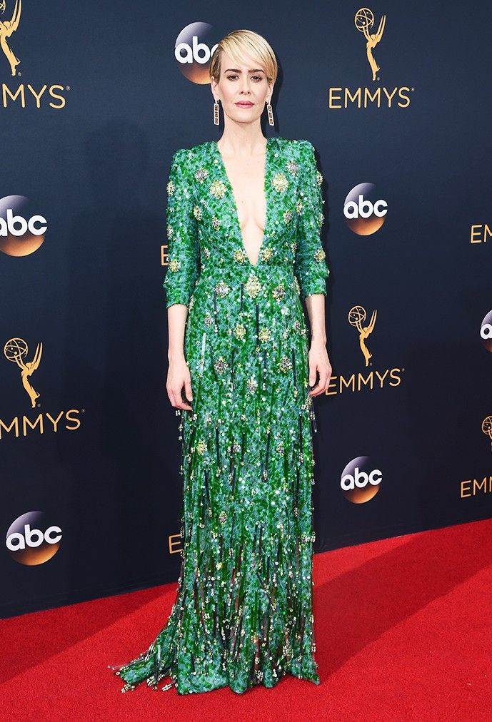 WHO: Sarah Paulson WHAT: Nominee, Lead Actress in a Limited  Series, The People v O.J. Simpson WEAR: Prada emerald green plungins neckline gown, fully embroidered in  variegated crystals, stones, and plexi palettes