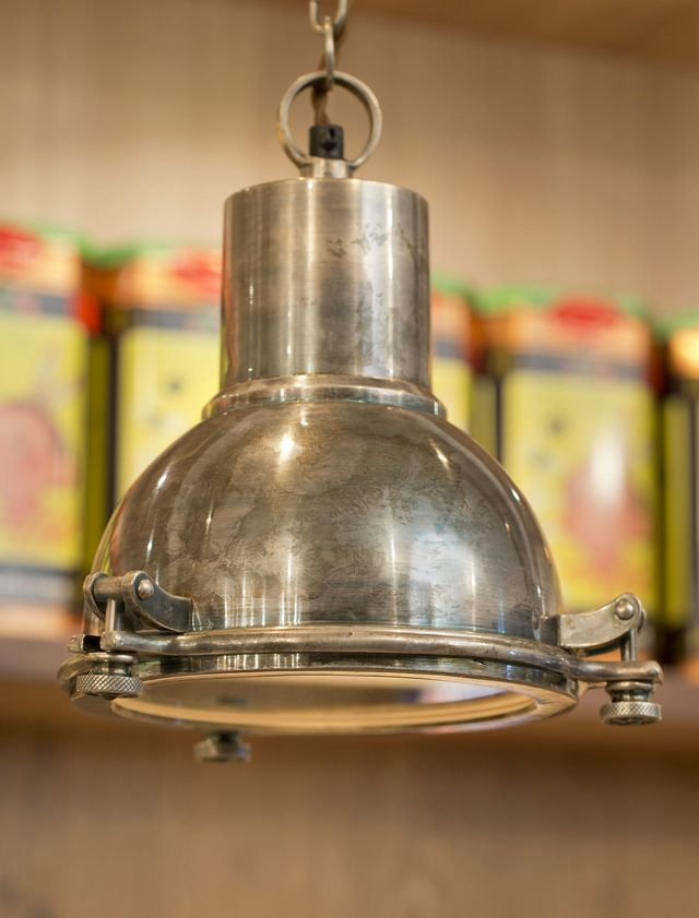 Zwaage Pendant Lamp