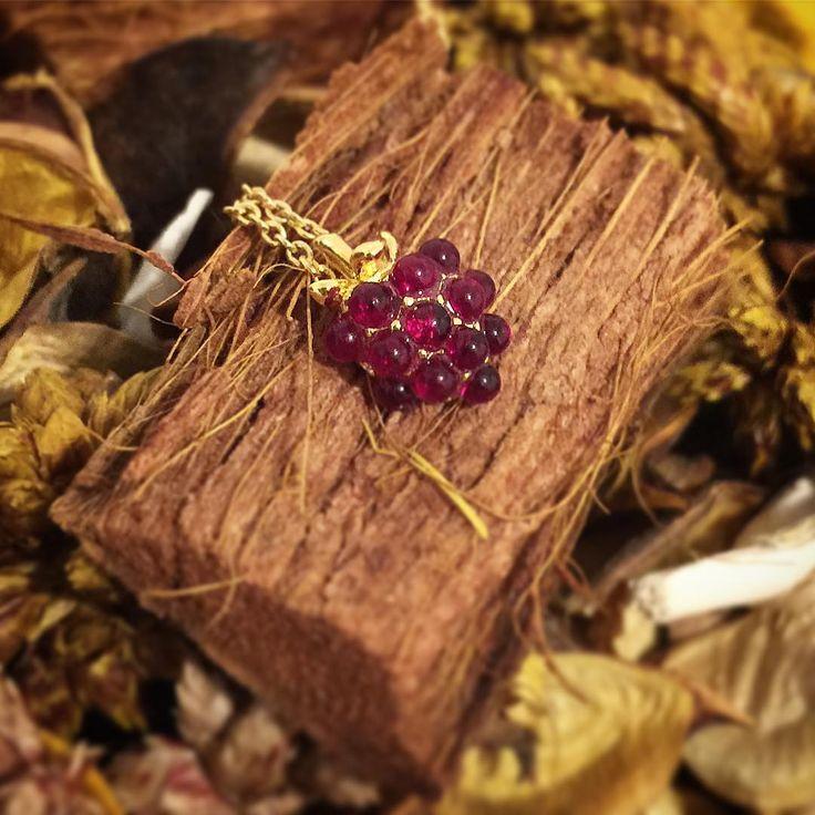 🌿 :: The Raspberry Pendant ❤️ :: 🌿 . . . #BillSkinner #raspberry #raspberries #raspberryjewelry #raspberryjewellery #jewellery #woodland #jewellery #jewellerydesign #berry #rubyred
