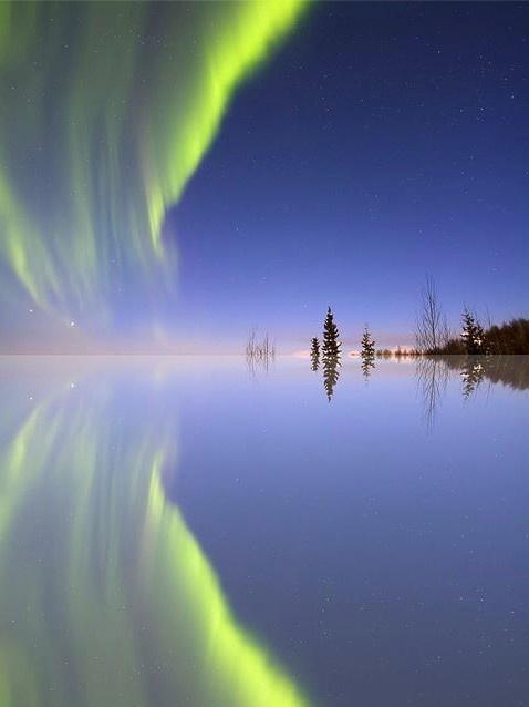 Aurora Mirrored    By Ed Boudreau