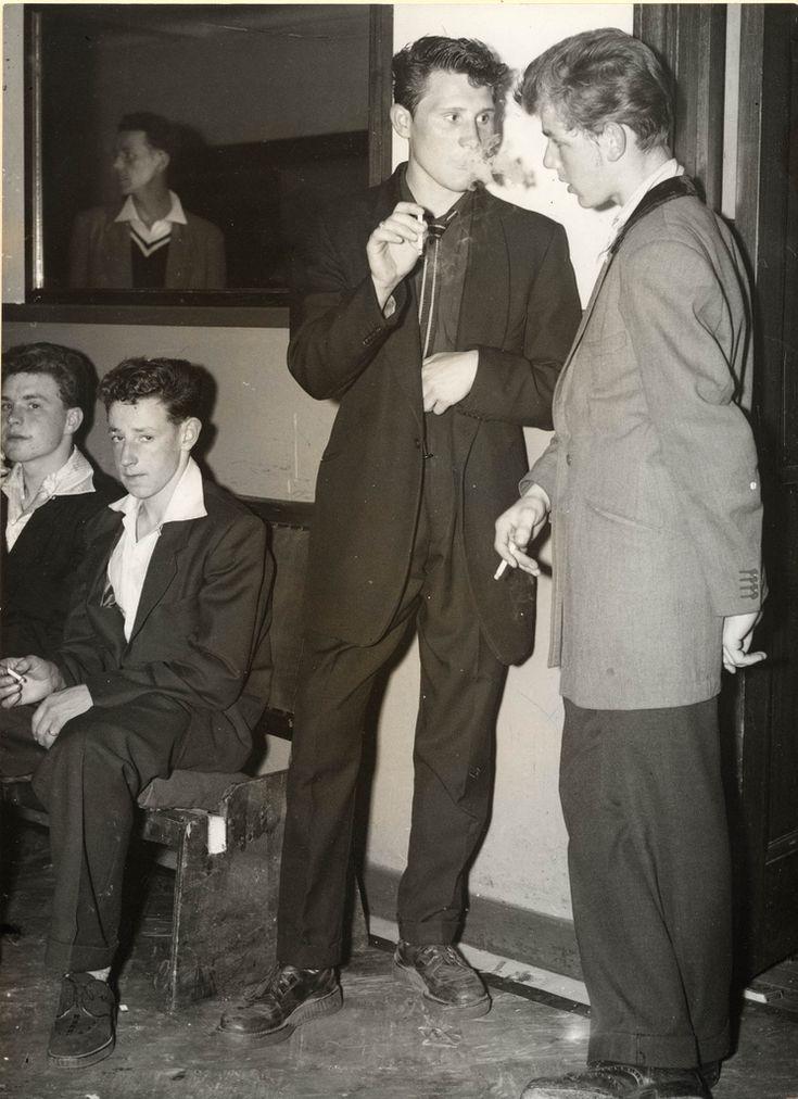 1955, London. Teddy Boys wearing creepers.