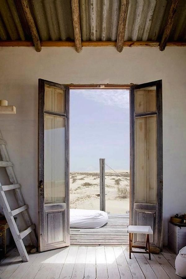 tiny house on the beach in uruguay 004 Off Grid Tiny House in Uruguay: Living Simply on the Beach
