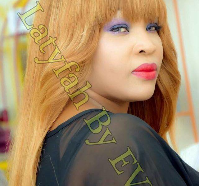 ( 02 Photos )  La REINE Awa Ndao Latifah , toute ravissante
